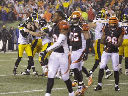 Pittsburgh Steelers celebrate Wild Card win over Cincinnati Bengals
